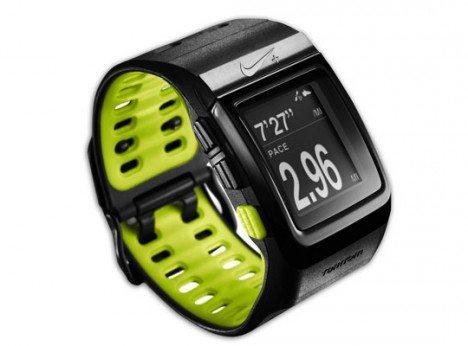 nike sportwatch gps lightens your running load video gadget gram rh gadgetgram com  nike+ sport watch user guide