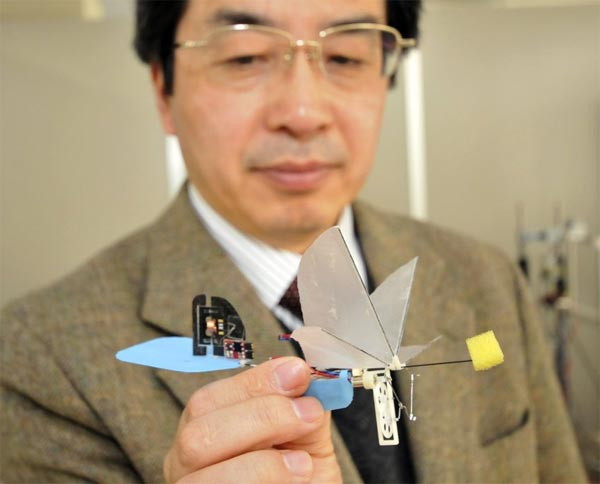 japanese-hummingbird-robot