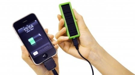 Links iCharge DX and Lite Solar Powered Charging Solution