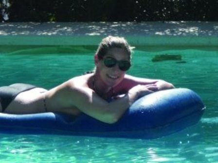 Holo- Swimming Pool Raft for the Pregnant Woman 2