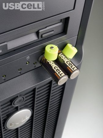 USBCELL -AA Rechargeable Batteries with a built-in USB 4