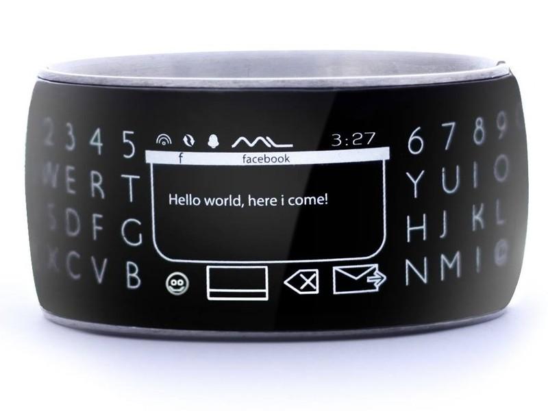 Moment Smartwatch