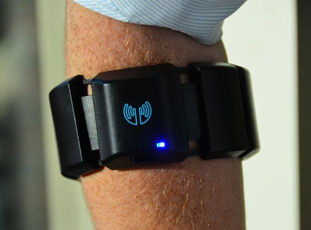 Myo Muscle-Sensing Armband will be available on Amazon