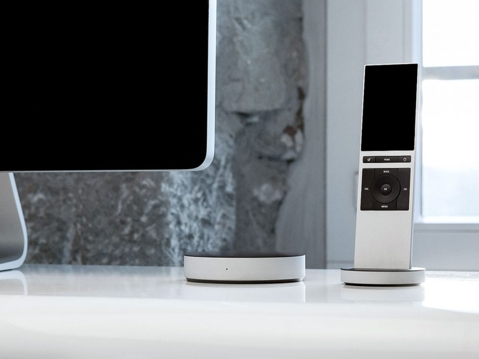 NEEO Smarthome Remote looks great