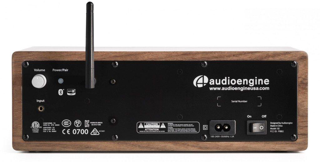 Audioengine B2 has bluetooth antenna port