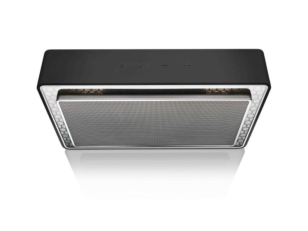 """Bowers & Wilkins T7 measures 4.5"""" x 8.3"""" x 2.1"""""""