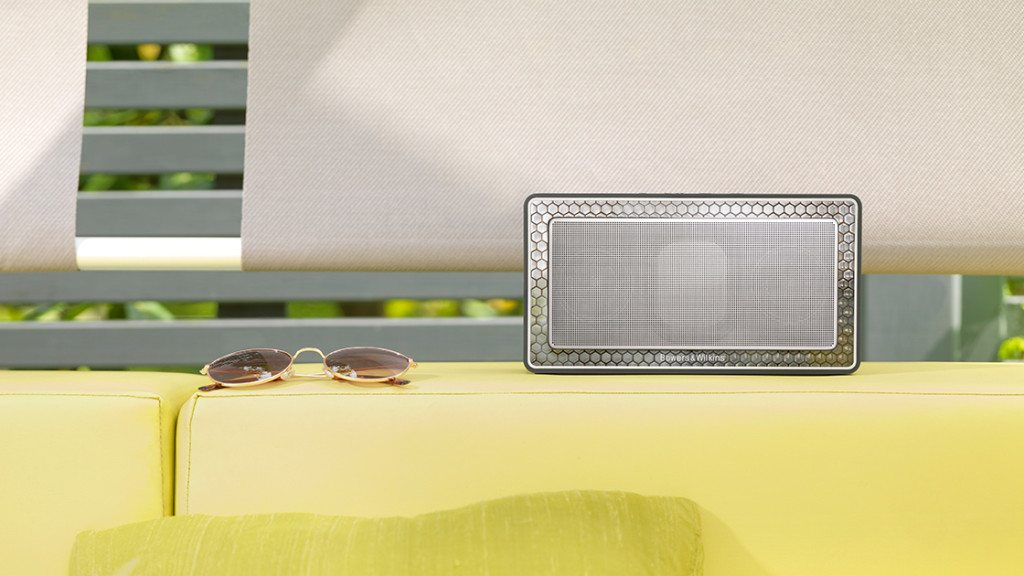 Bowers & Wilkins T7 has DSP
