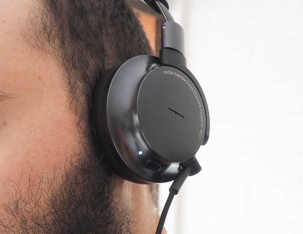 Philips Fidelio NC1 noise cancellation works well