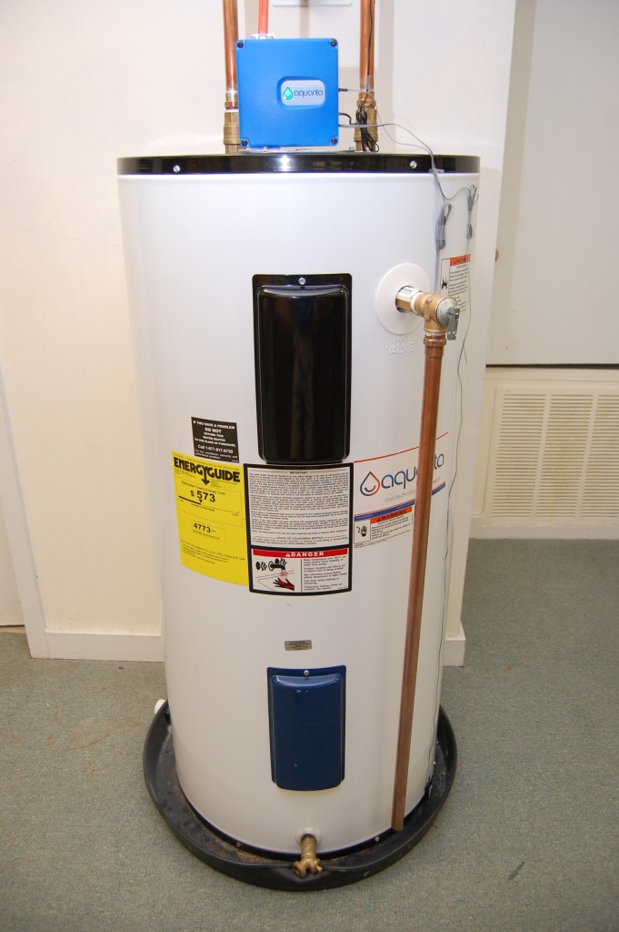 Aquanta sits on top of water heater