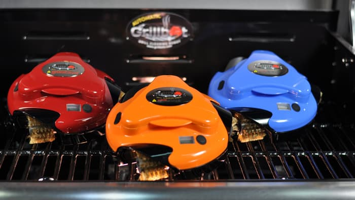 Grillbot comes in 4 colors