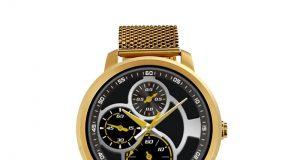 Gold Smartwatch is flashy