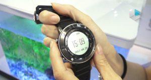 UWear UW80 is Waterproof smartwatch