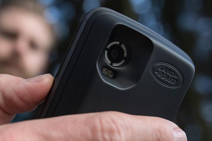 Land Rover Explore Outdoor Smartphone