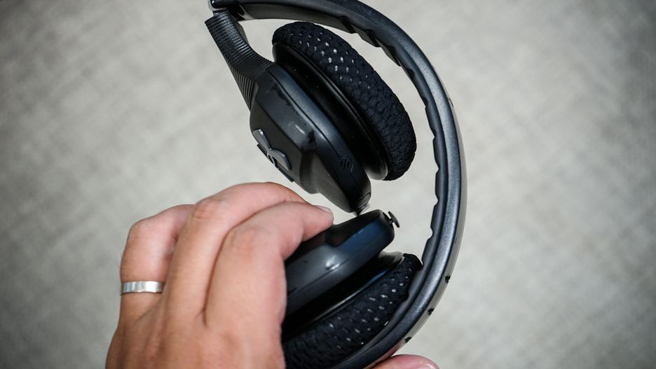 Under Armour Sport Wireless Train Headphones