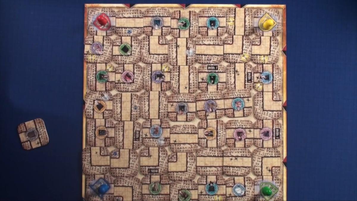 Labyrinth Mixed Tiles (2)