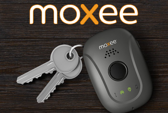 Moxee Signal Personal Safety Wearable Main