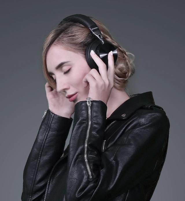 Mixcder E10 ANC Wireless Headphones