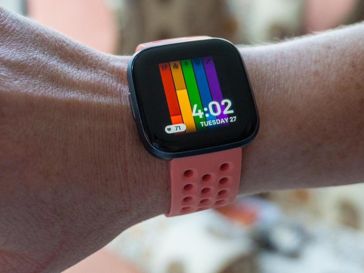 Fitbit Versa 2 - Customizable Clock Faces
