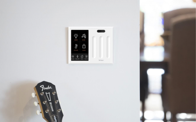 Brilliant All-in-One Smart Multifunction Switch