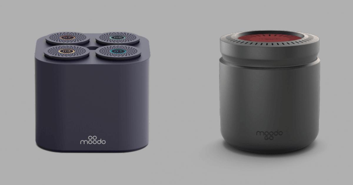 Original Moodo Aroma Diffuser vs MoodoGo - Size Comparison