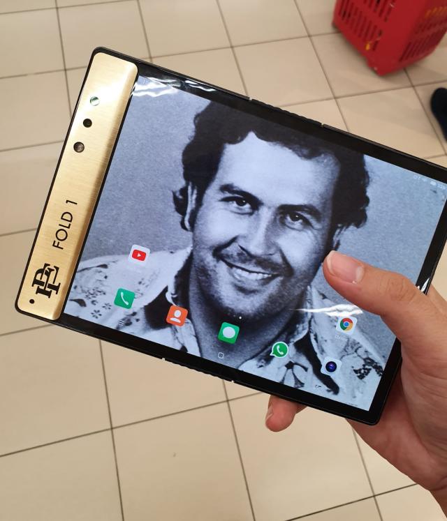 Roberto Escobar released the Escobar Fold 1 Foldable Phone