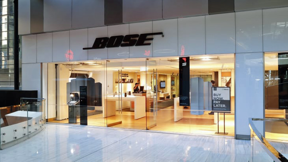 Bose is closing all of its retail stores