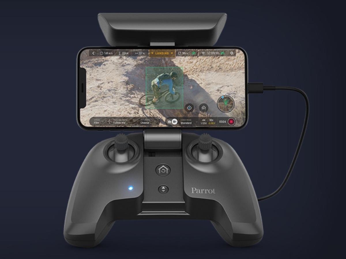 Parrot Anafi 4K HDR Camera Drone - FreeFlight 6 Flying Interface