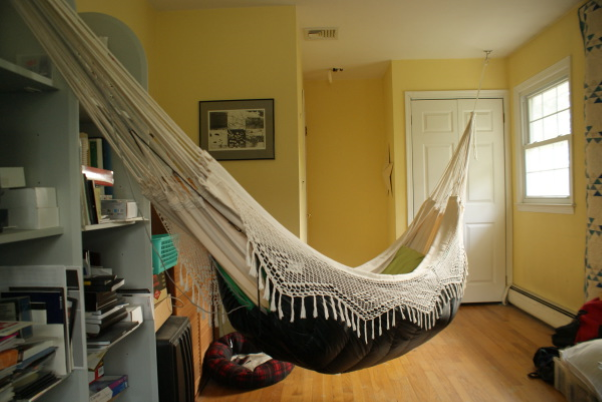Having a Brazilian hammock inside the house