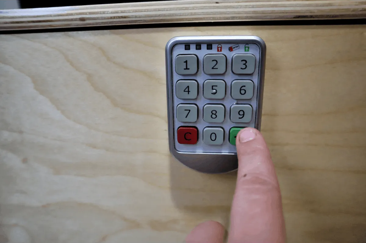 Configuring The Digital Combo Lock (1)