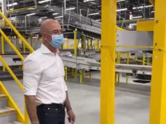 Jeff Bezos visited Amazon employees