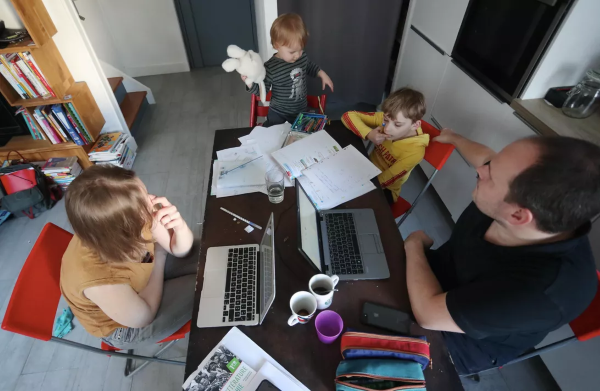 "Apple employees with kids working from home - The ""new normal"" lifestyle"" of working parents that have to work remotely"