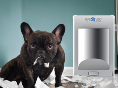EyeVac Pet Touchless Vacuum