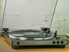 Audio-Technica AT-LP60X Turntable