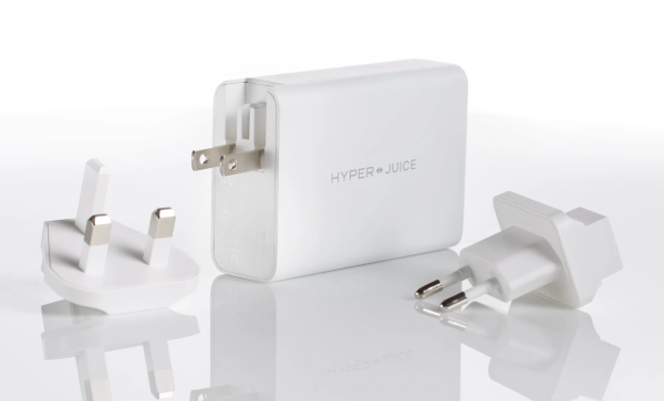 Equipped with built-in foldable wall plugs