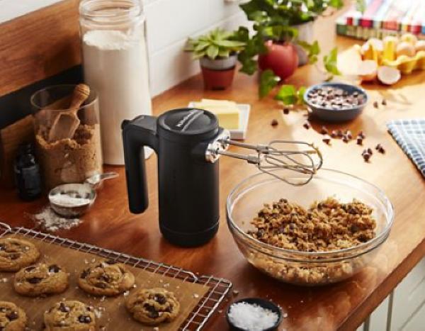 KitchenAid Cordless 7-Speed Hand Mixer