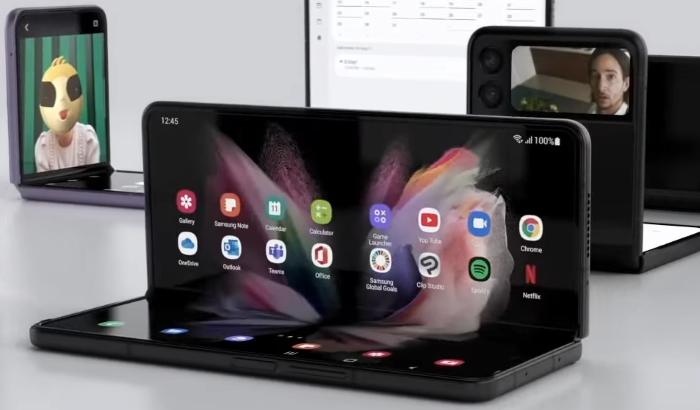 Galaxy Z Fold3 5G Smarpthone