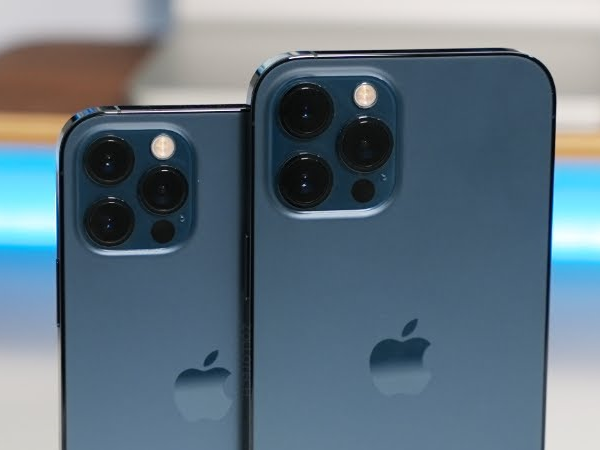 Different Camera Improvements between iPhone 12 Pro and Pro Max